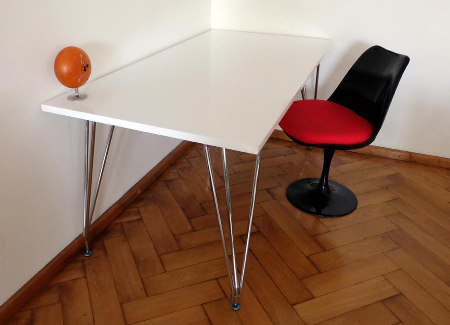 Biela Písací Stôl Retro Lesk Vlásenky V