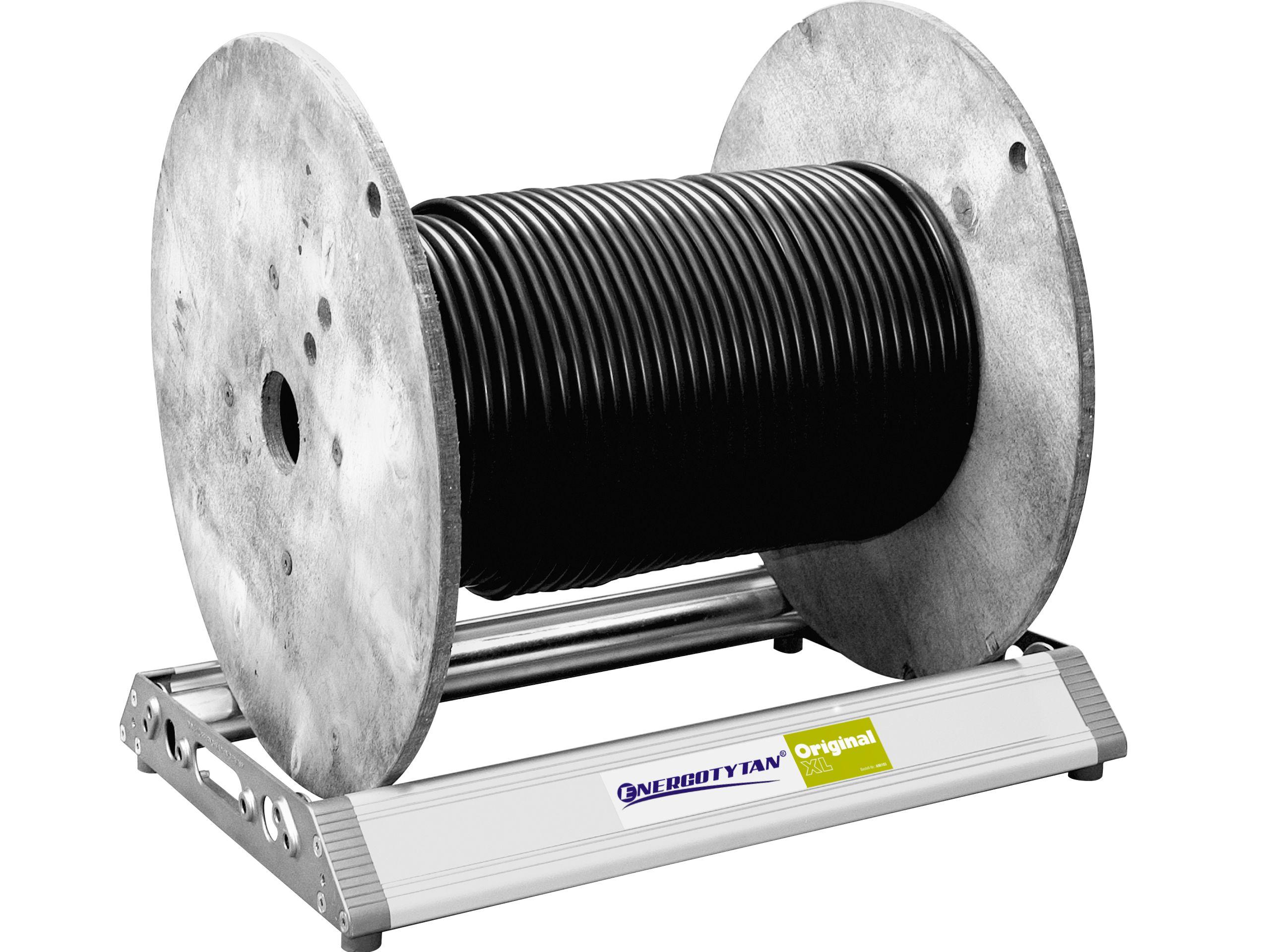 Odvíjanie 140 kg káblových bubnov (280)