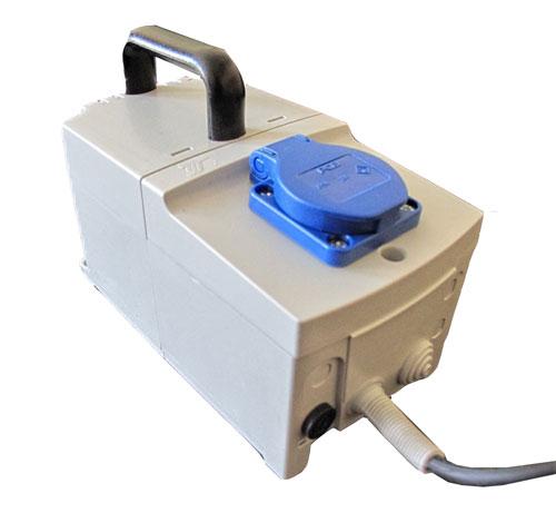 Prenosný separačný transformátor 230 / 230V / 160W
