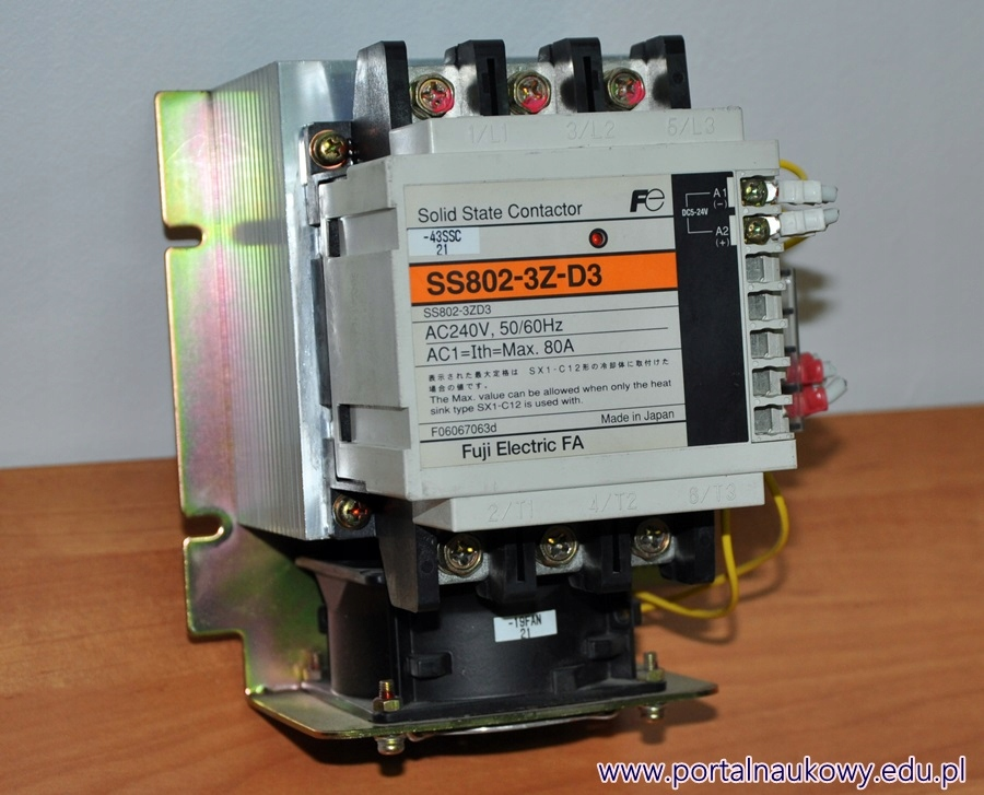 SSR 80A 240V Kontakt s Radiátorom SS802-3Z-D3