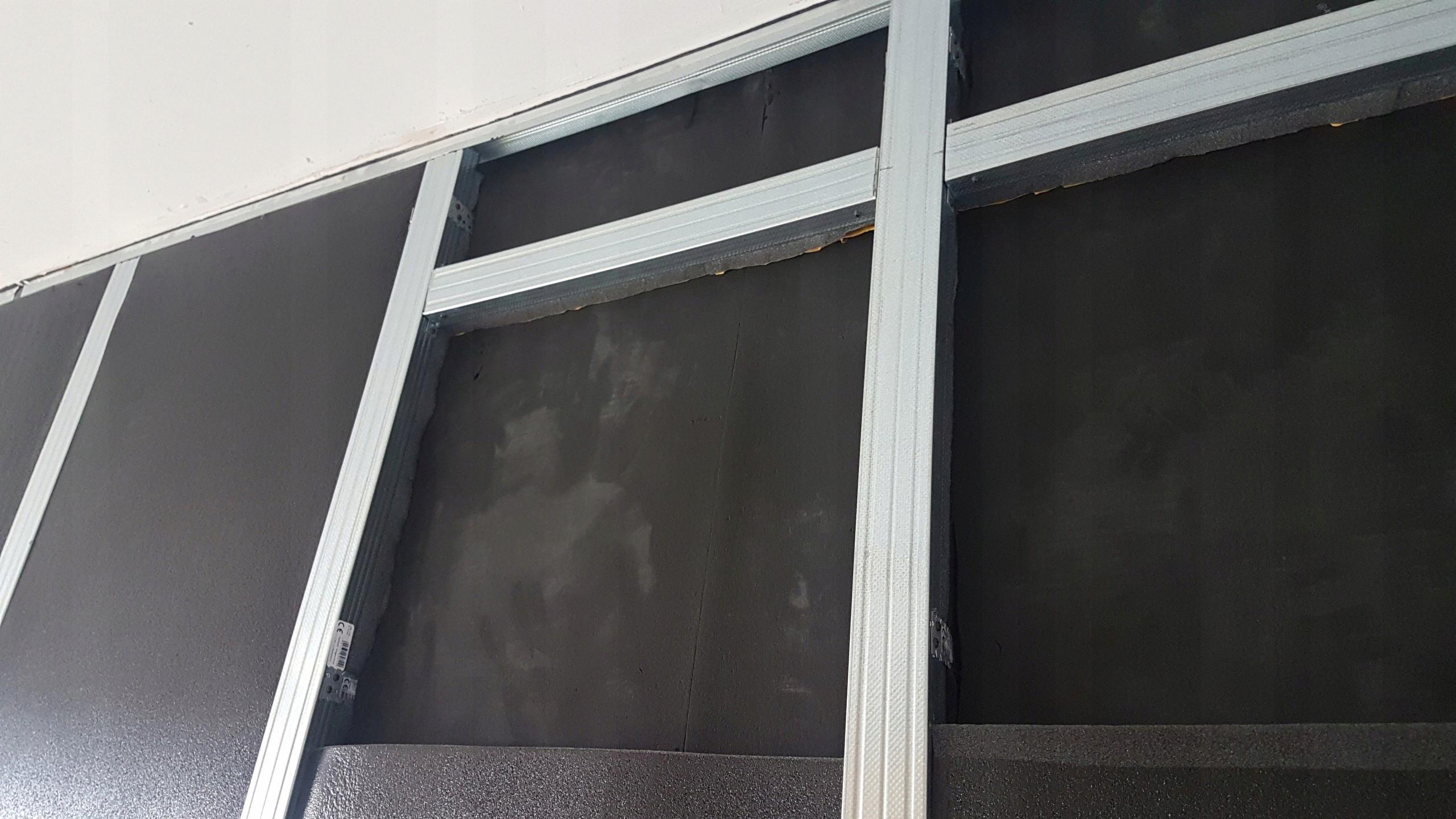 MATA wygłuszająca pianka KAUCZUKOWA z KLEJEM 3mm
