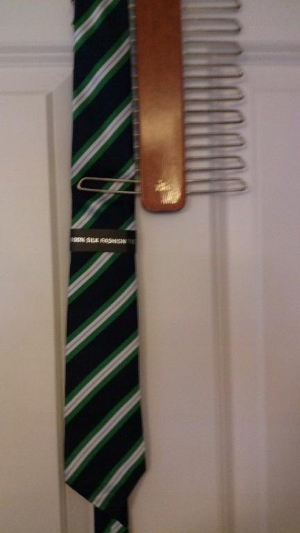 Piękny jedwabny krawat angielski