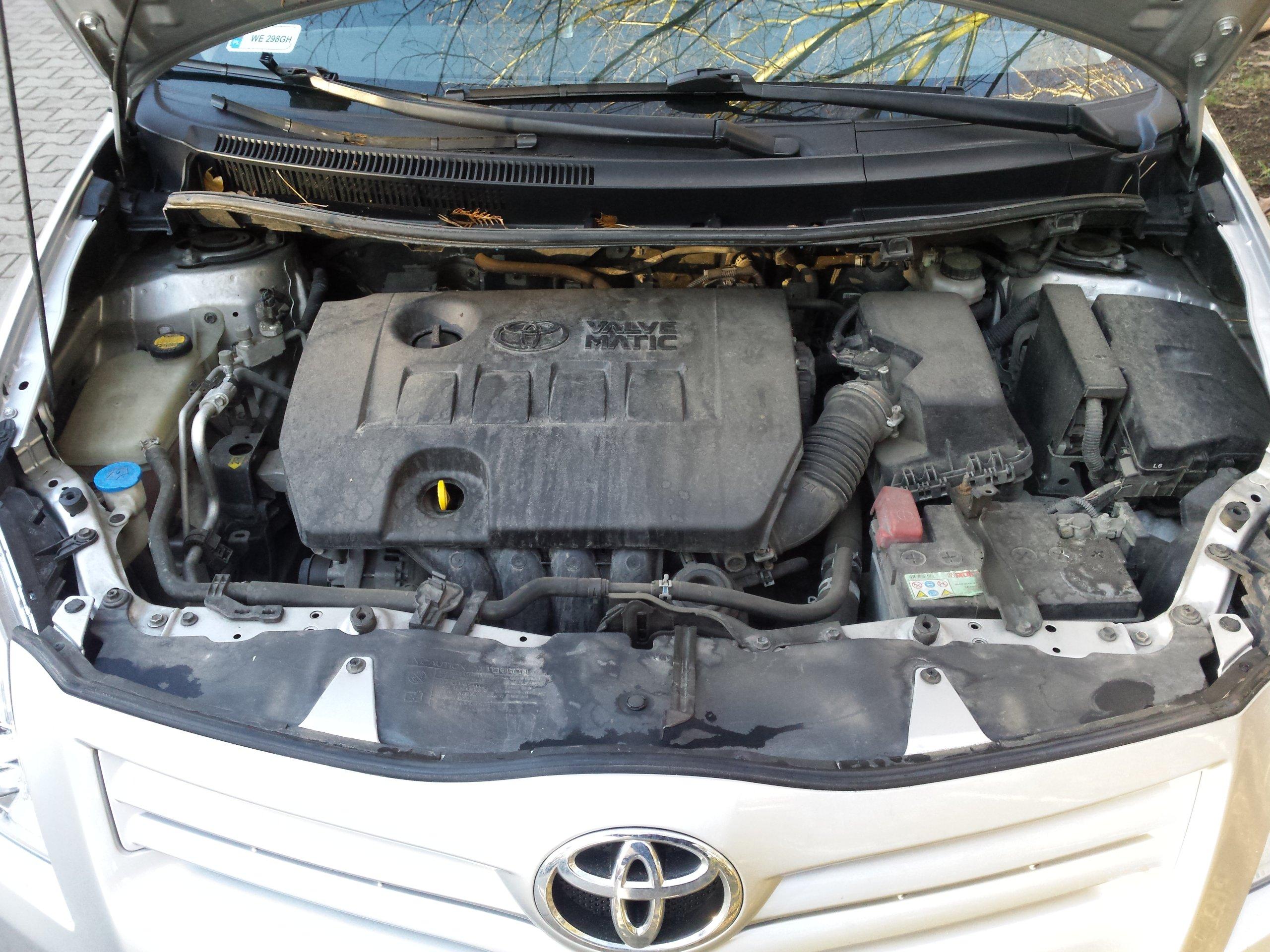 Toyota Auris Terra