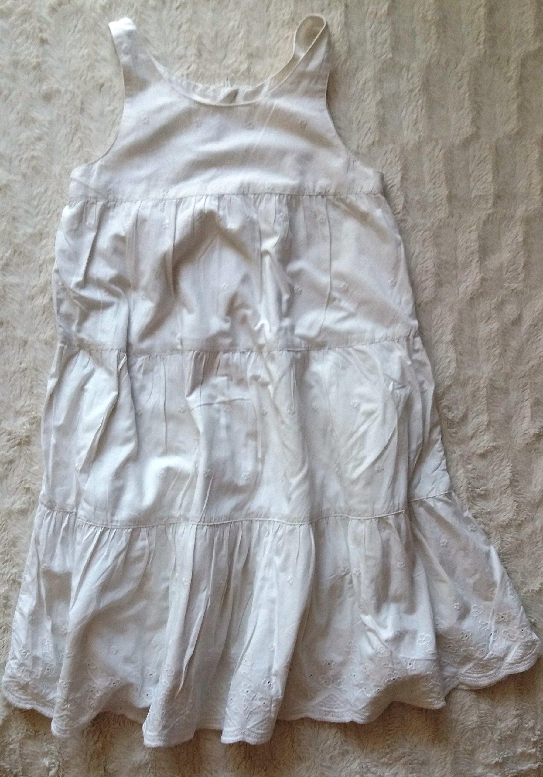 Sukienka H&M letnia 7 8 l 130 cm biała śliczna 7394885873