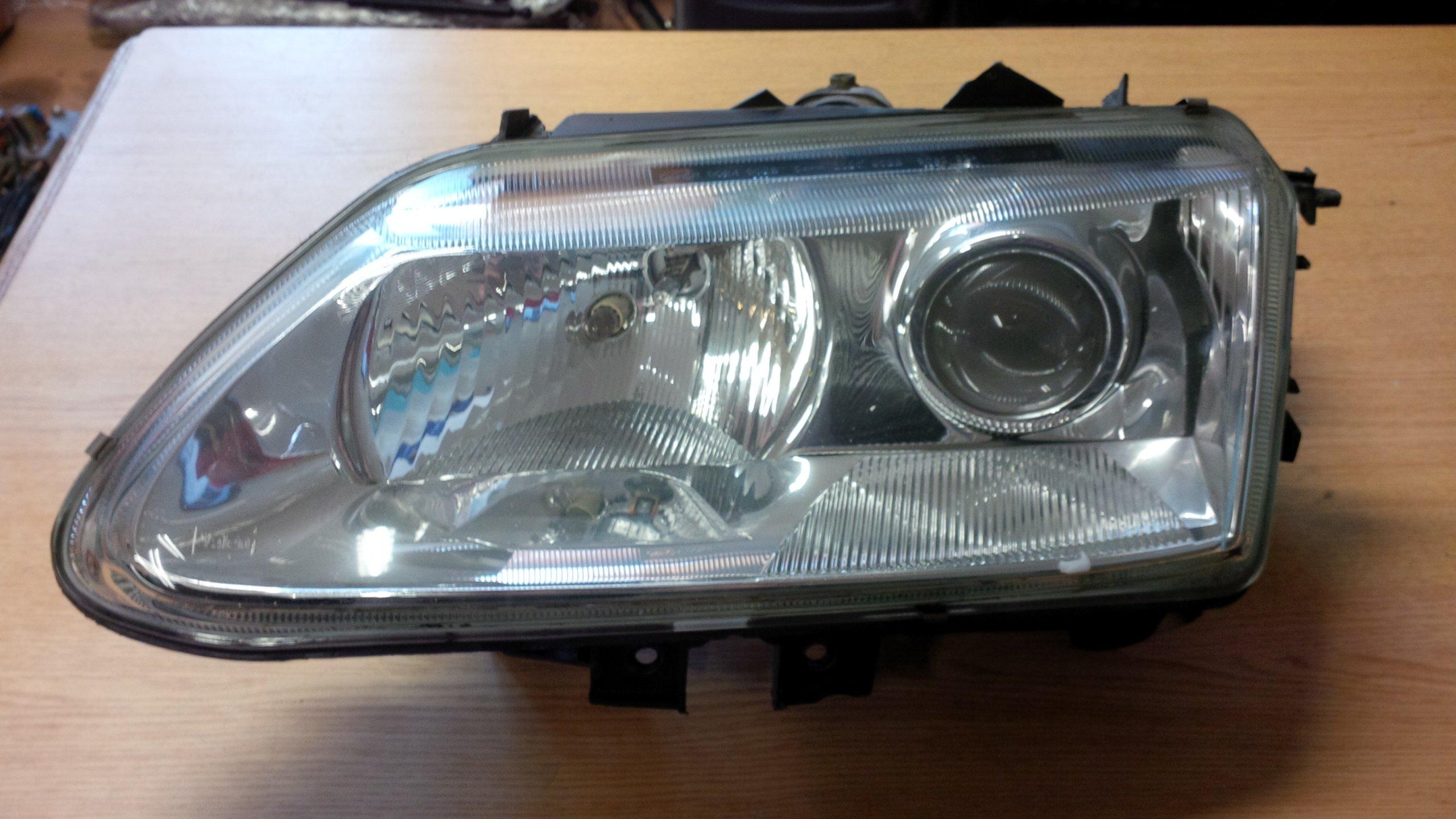 Renault Laguna I 1 Lampa Przód Lewa Xenon 6718514793