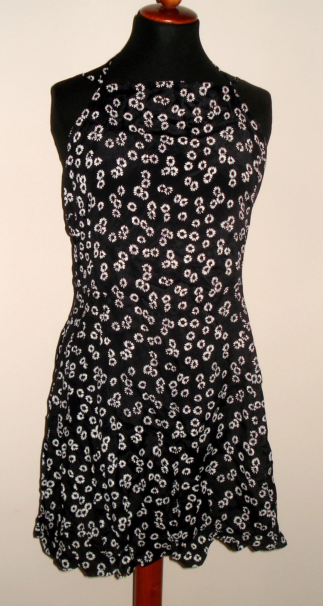 Asos czarna sukienka w stokrotki 42