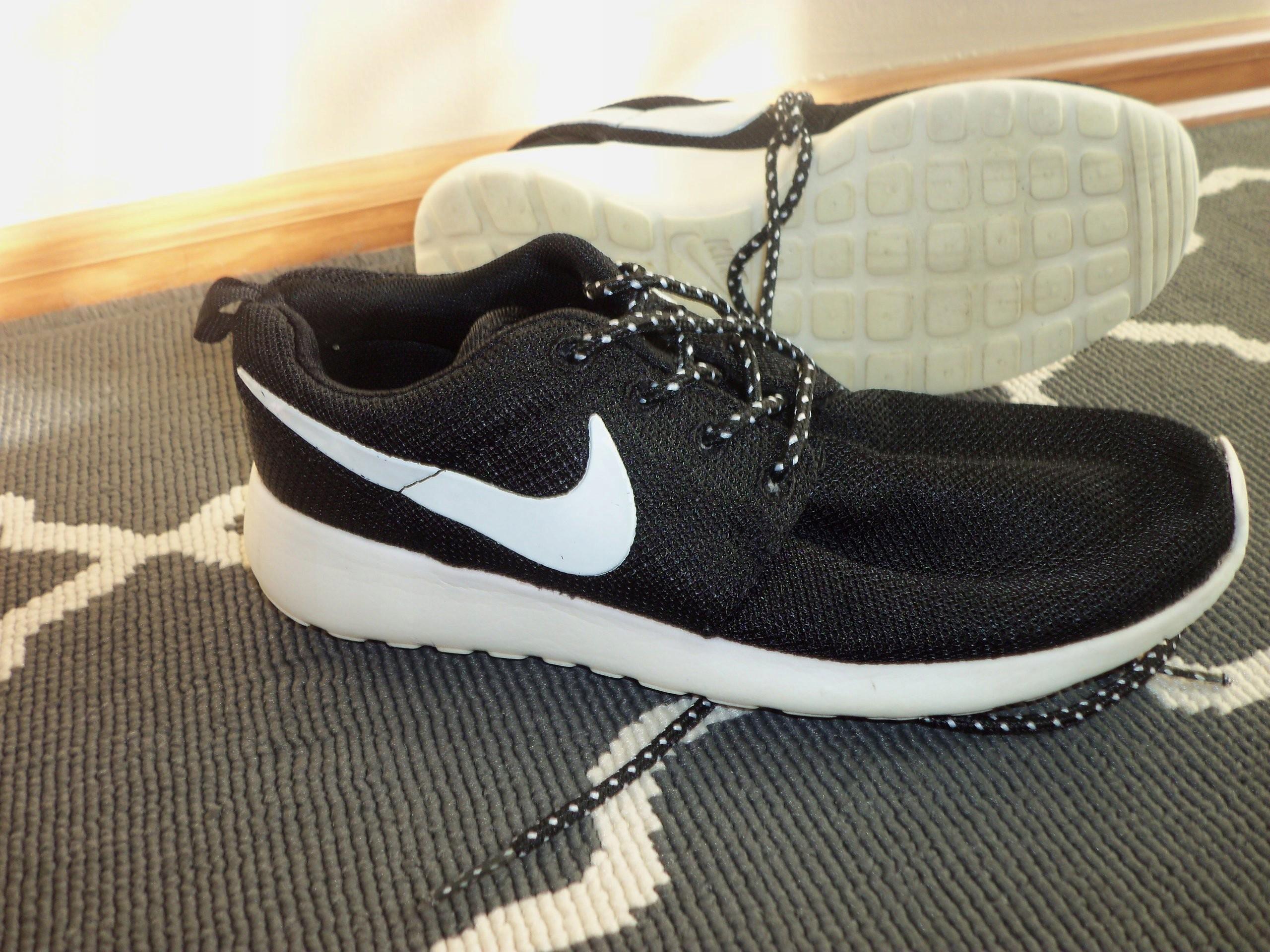 65e498eaeaf1 ~~Nike~~Roshe Run UK 3 EUR 36 22