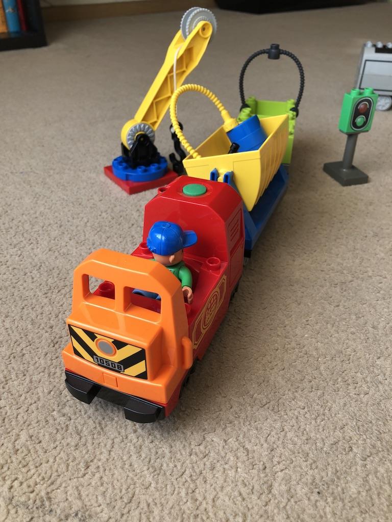 Lego Duplo Pociąg Towarowy Lokomotywa 2 Wagony 7181302453