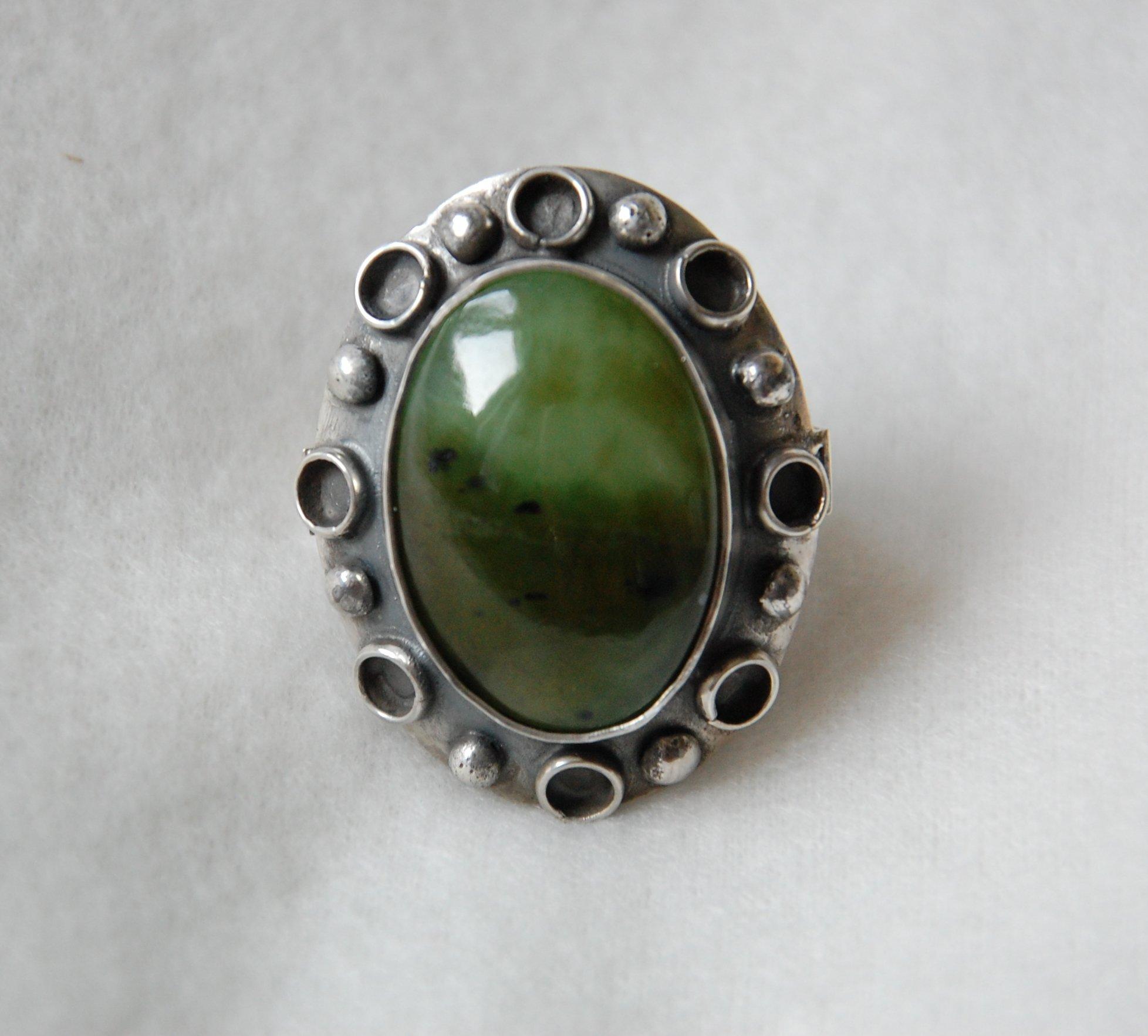 Nowość Srebrny pierścionek duży zielony jadeit ORNO - 7074560568 TW08