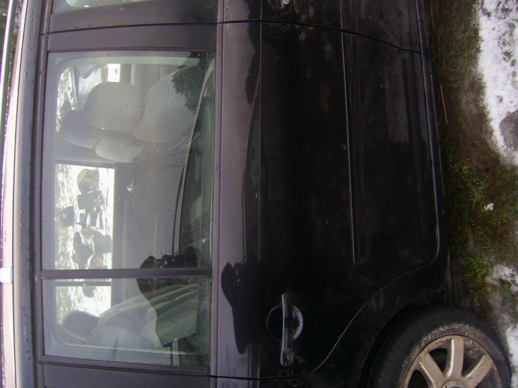 DRZWI TYŁ PRAWE LEWE VW TOURAN 03-07 KOD L041