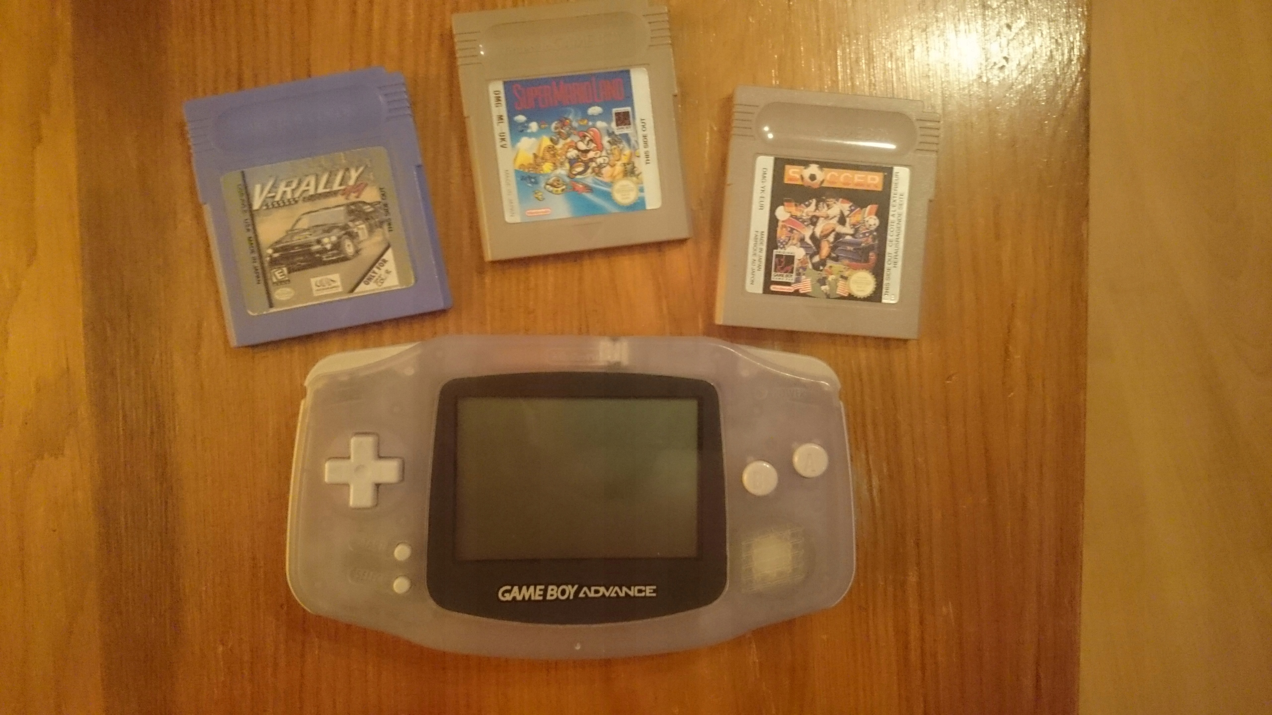 GAMEBOY ADVANCE + 3 GRY GAMEBOY COLOR