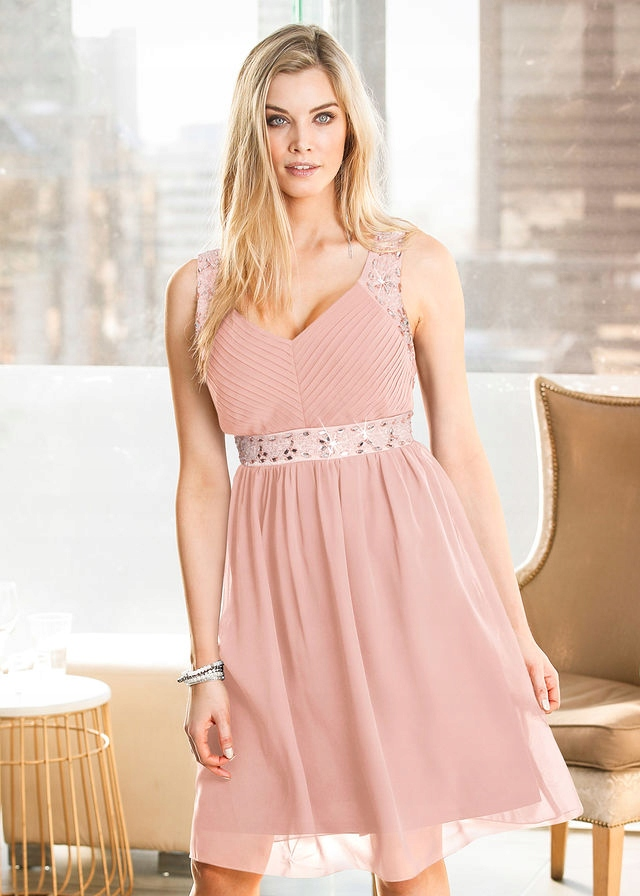 fb27594148df88 Nowa pudrowa sukienka 44 / 46 koraliki BODYFLIRT - 7581160442 ...