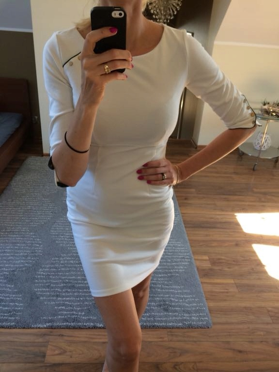 10d39349d8ed29 Sukienkę reserved biała guziki roz 36 - 7443411158 - oficjalne ...