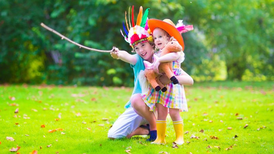 Indianie i kowboje, czyli jak przygotować ogród na dziecięce zabawy