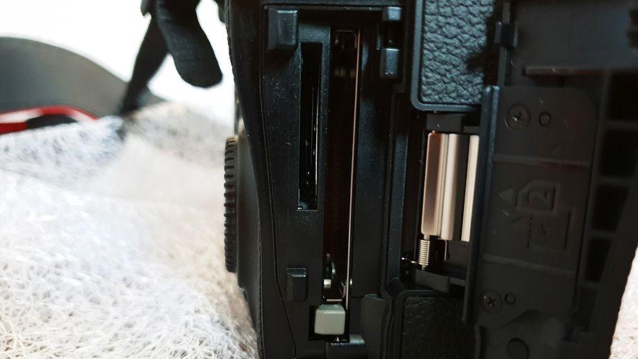 Canon 5 D Mark IV 3