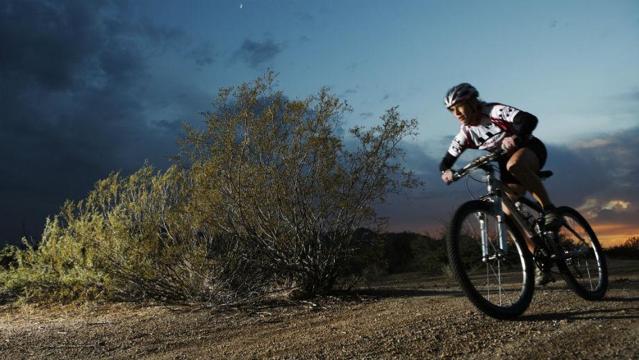 Jak ekonomicznie jechać na rowerze MTB – nauka pedałowania