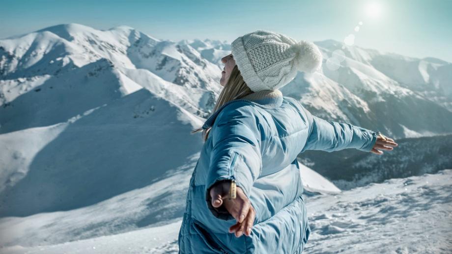 Kosmetyczka narciarki – kosmetyki do ochrony dłoni
