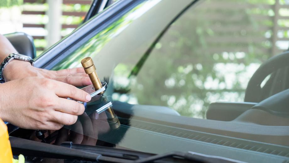 Zestawy naprawcze do szyb samochodowych