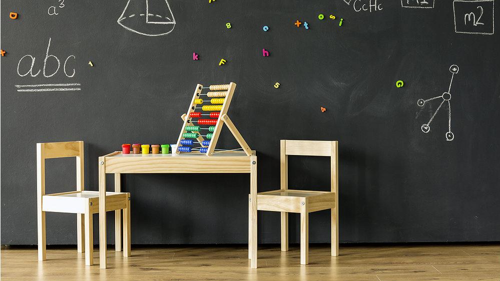 Pierwszy Stolik I Krzesełko Dla Dziecka Kiedy Jak Dobrać