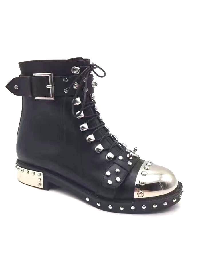 Skórzane sneakersy z ćwiekami ALEXANDER MCQUEEN – Kup Teraz