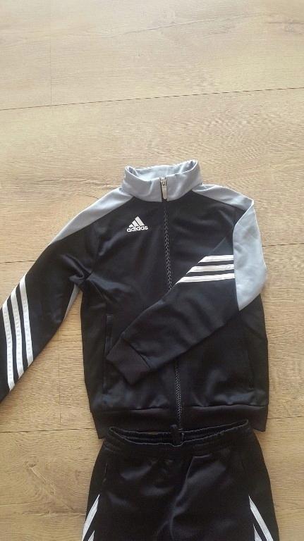 Używany dres Adidas r. 128 7521541376 oficjalne archiwum