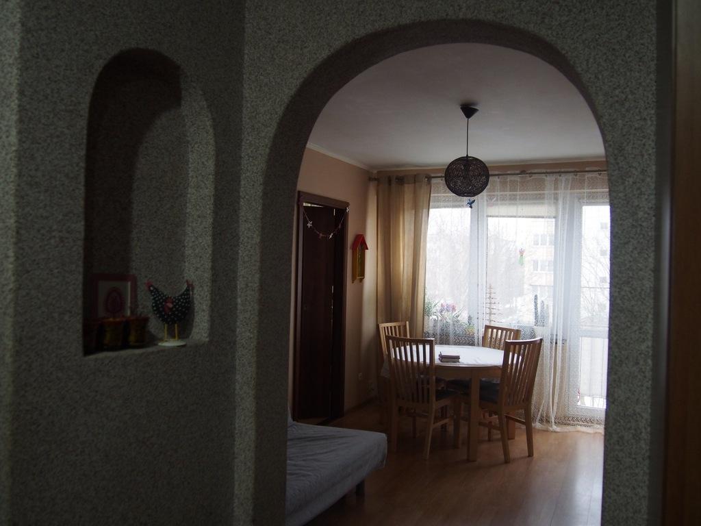 Zadbane 4-pokojowe mieszkanie