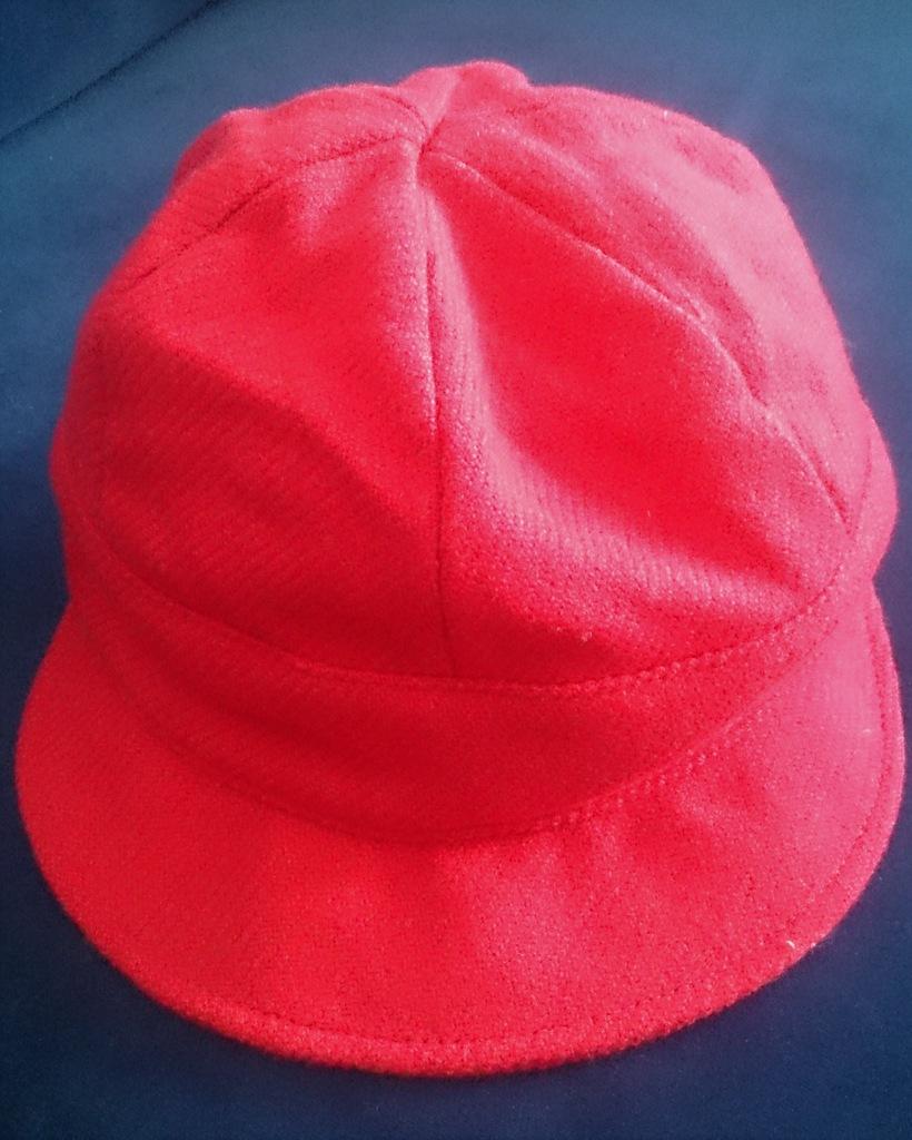 BURBERRY Czapka/kapelusz czerwony, wełna, rozm. S