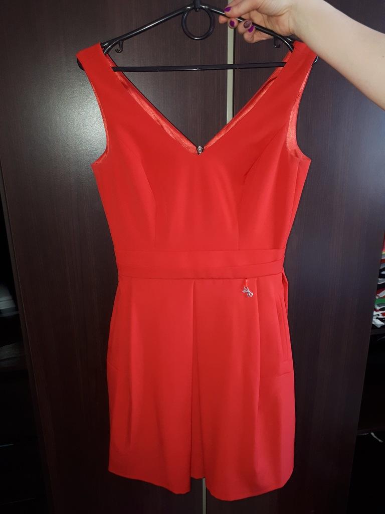 Sukienka 36 S DeFacto rozkloszowana czerwona