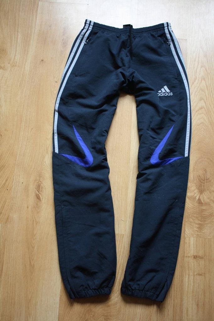 Super spodnie dresowe ADIDAS rozm.36 /S