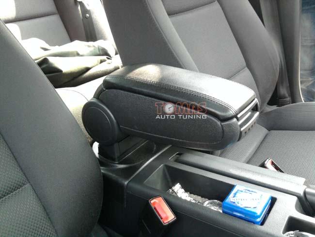 авторазборка подлокотник посвящается материал Audi A4 B6 B7 из польши