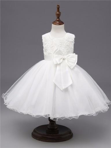 Biała elegancka sukienka z RÓŻAMI 3D 86-92