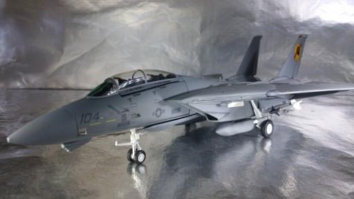 82TSMWTP002 Tom Cat F-14 Iceman i Slider 1:72