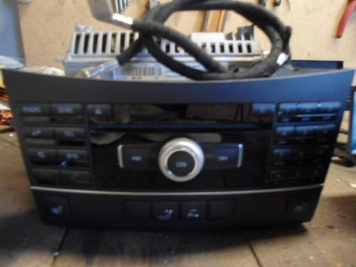 MERCEDES W212 RADIO COMAND A2129060201 A2129010400