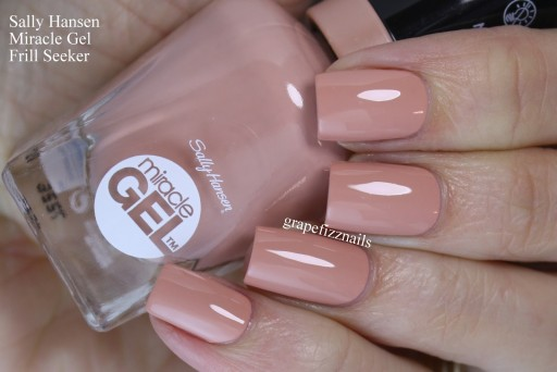 Sally Hansen Miracle Gel Lakier Frill Seeker 184